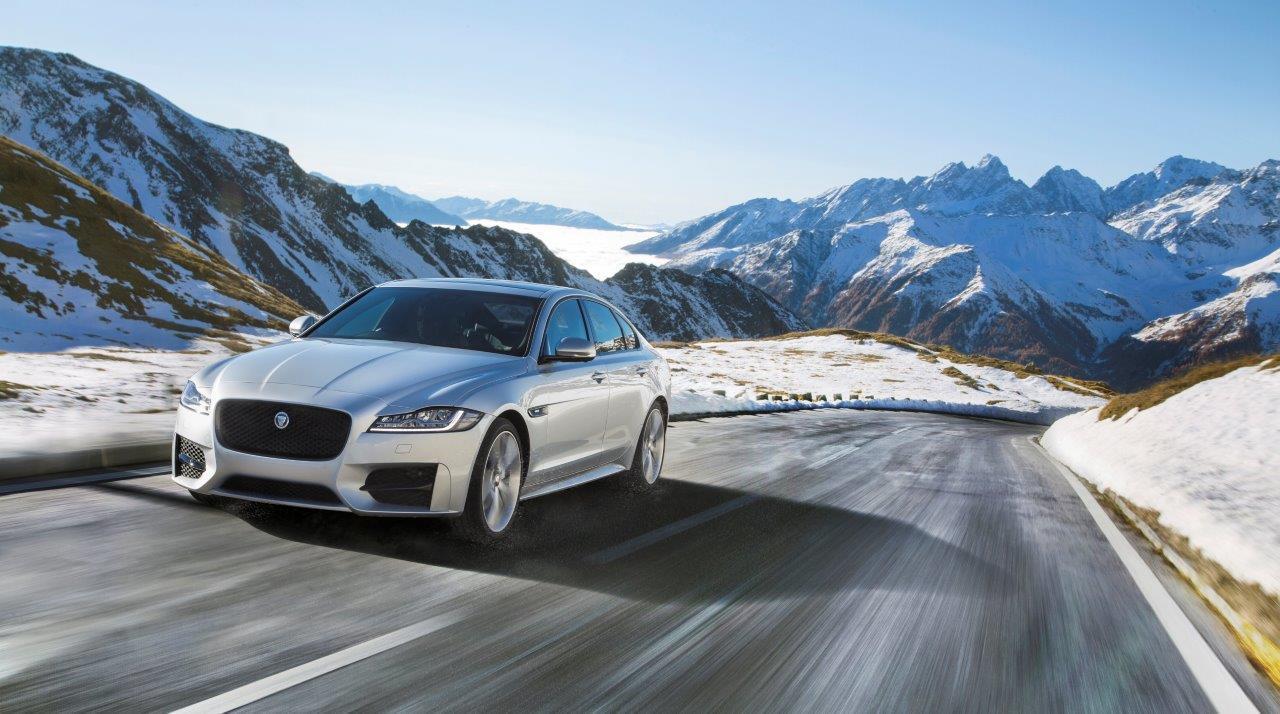 Jaguar XF 2017: потужний двигун з ідеальною динамікою при будь-якій погоді - офіційний представник Winner в Україні