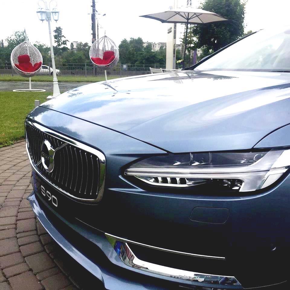 Допрем'єрний показ Volvo S90 та XC90 Excellence - офіційний представник Winner в Україні